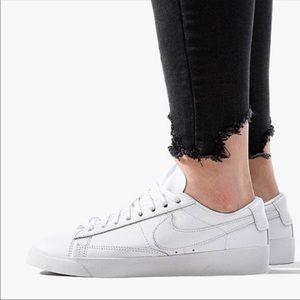 Nike Blazer Los LE🔴Womens Sz 6.5